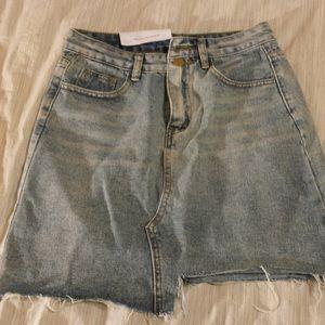 Asymmetrical Demin Skirt in SIZE MEDIUM